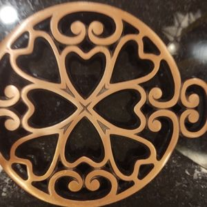 NEW Pampered Chef circular Trivet